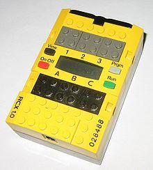 220px-LegoMindstormsRCX